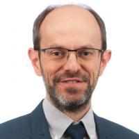 Dr. Joris Van Oostveldt